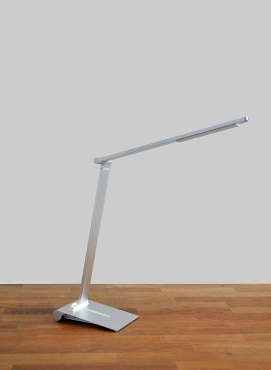 led bureaulamp stijlvol zilver dimbaar