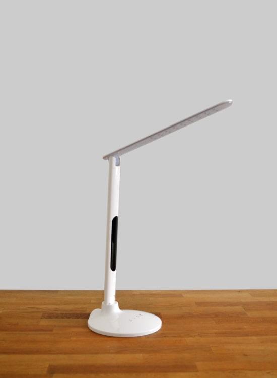 led bureaulamp wit met tijd & alarm functie dimbaar